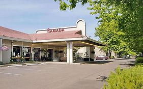 Ramada Portland Airport Reviews