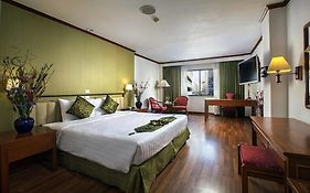 Check Inn Regency Park Bangkok