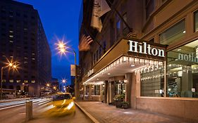 Hilton Downtown st Louis Mo