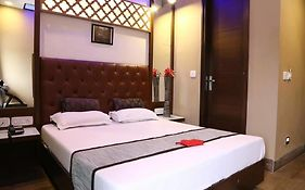 Oyo Rooms Piccadily Chowk Chandigarh