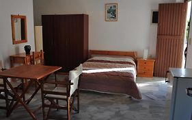 Michalis Apartments Paros Island