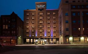Sumner Hotel Brooklyn Reviews