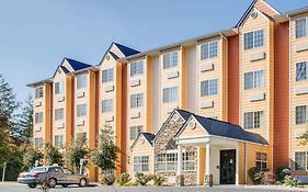 Microtel by Wyndham Pigeon Forge