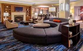 Double Tree Guest Suites Minneapolis