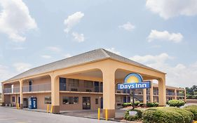 Days Inn Clinton Ms