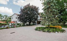 Villa Bed & Breakfast Westerly Ri 4*