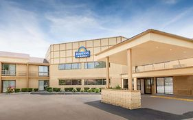 Days Inn Suites Madison Heights Mi