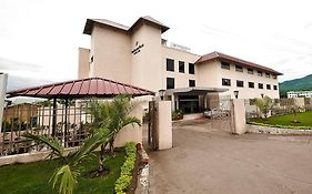 The Golden Palms Hotel And Spa Baddi