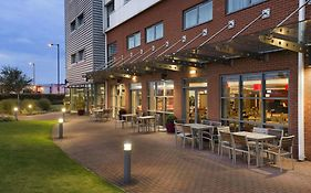 Ramada Encore By Wyndham Doncaster Airport