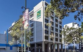 Quality Hotel Ambassador Perth photos Exterior