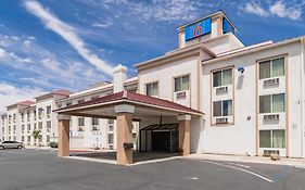 Motel 6 Hesperia California