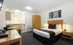 Browns Plains Motel