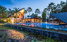 Bale Resort Port Douglas