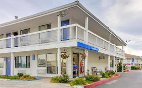 Motel 6 Medford Oregon