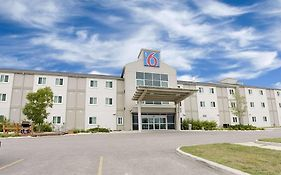Motel 6-Brandon, Mb
