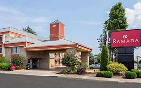 Ramada Inn Portland Oregon