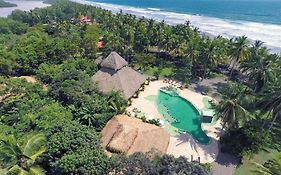 Clandestino Beach Resort Costa Rica
