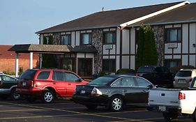 Sky Lodge Inn And Suites Delavan Wi