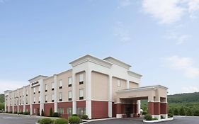 Hampton Inn Pine Grove Pa 2*
