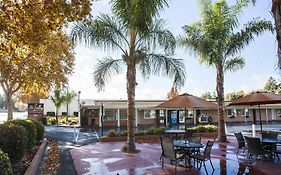 Tri Valley Inn & Suites Pleasanton