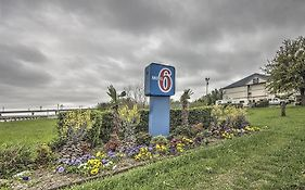 Motel 6 Dallas Northwest