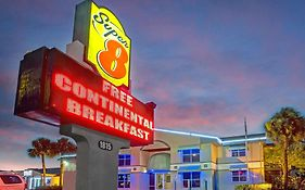 Super 8 Kissimmee Florida