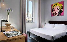 Suite Art Navona Rome