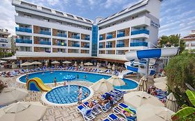 Blue Wave Suite Hotel 4*