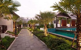 Long Beach Luxury Villas Pattaya 4* Thailand