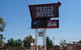 Trails Motel Lone Pine