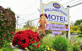 Williamstown Motel  3* United States