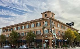 The Carlton Hotel Atascadero Ca
