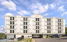 Americas Best Value Inn And Suites Independence Cleveland