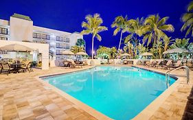 Boca Raton Plaza Hotel And Suites 3*