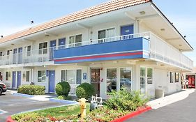 Motel 6 in Lancaster Ca