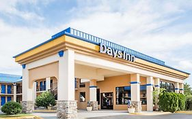 Days Inn Hendersonville North Carolina