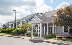 Microtel Inn & Suites By Wyndham Springville 2*
