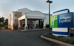 Holiday Inn Express Vernon Connecticut