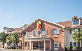 Super 8 By Wyndham Madison/Hanover Area