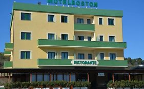 Motel Boston Silvi