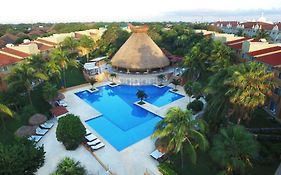 Viva Wyndham Azteca Resort All Inclusive