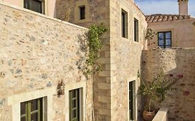 Moni Emvasis Luxury Suites Peloponnese