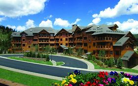 Breckenridge Mountain Thunder Lodge