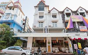 Connect Guesthouse Phuket