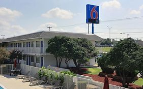 Motel 6 North Austin
