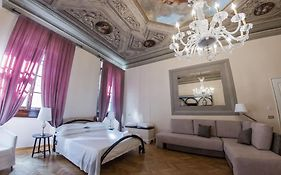 N4u Guest House Florence