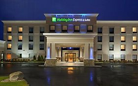 Holiday Inn Express Malone Ny