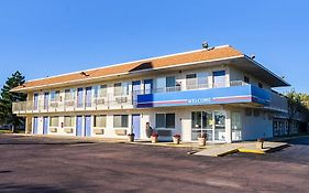 Motel 6 in Mitchell South Dakota