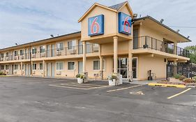 Motel 6 Oshkosh Wisconsin