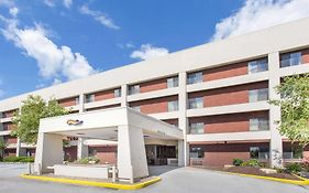 Baymont Inn And Suites Davenport Davenport Ia